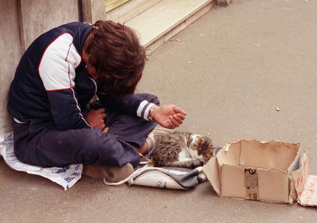 Nuovi poveri a Palermo,vivono in locanda