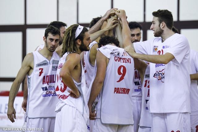 Basket, Playoff Serie B: Bisceglie corsara a Palermo, l'Aquila cede 70-81 in Gara3