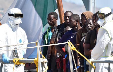 Immigrazione: giunti a Messina in 683