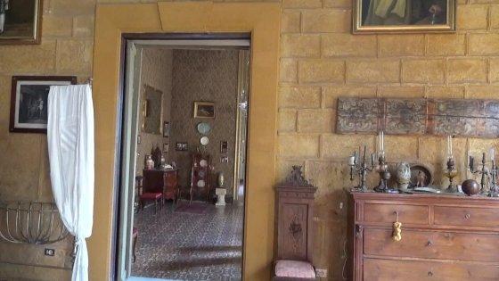 """Minacce ai proprietari di Palazzo Conte Federico, la contessa: """"Non apro al pubblico"""""""