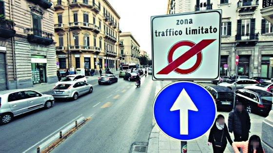 Ztl: il Comune sospende il rilascio dei pass