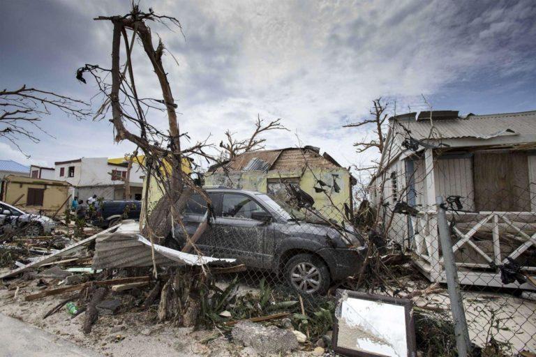 Irma perde potenza ma continua a dirigersi verso la Florida