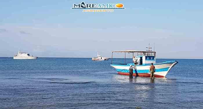 Migranti: sbarco in spiaggia Agrigento