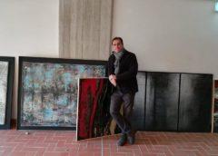 """I """"Cementi"""" e le """"Combustioni"""" di Guido Guzzo inaugurano """"Arte e cucina"""" di Beppe Fontana"""