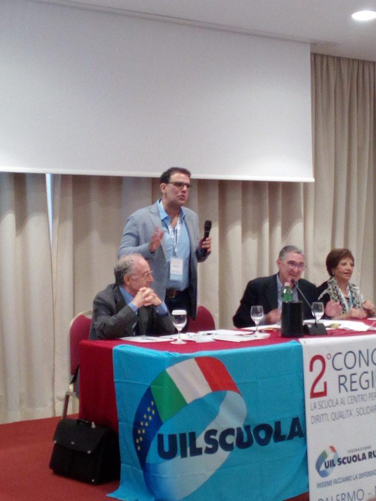 Assistenti amministrativi  e tecnici co.co.co. stabilizzati dopo venti anni, Claudio Parasporo (UIL Scuola Sicilia) :  ''una beffa il contratto part time''