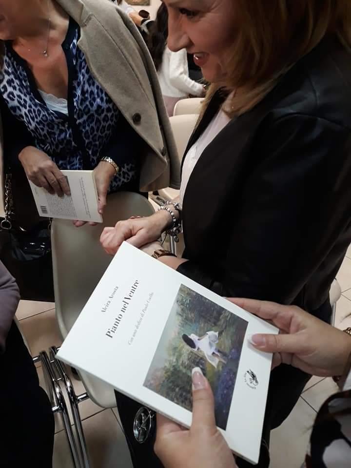 Due donne per gli altri, tra associazioni e un libro