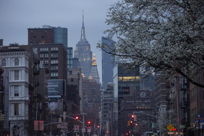 Coronavirus: stretta a New York, 100% lavoratori a casa