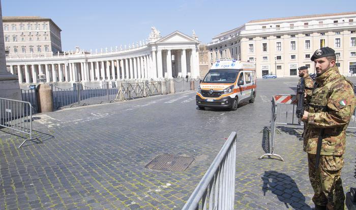 Coronavirus: Oggi la decisione sulla nuova stretta a Roma controlli a tappeto